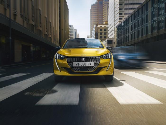 Heel veel luxe | Peugeot 208 private lease van IKRIJ.nl in Den Haag