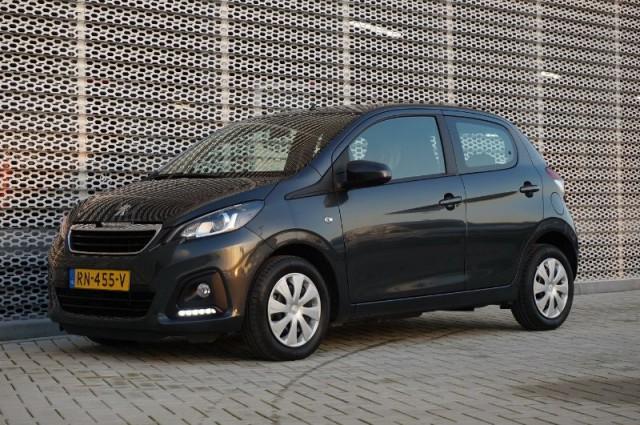 Private Lease nu als outlet aanbieding extra voordelig deze Peugeot 108 1.0evti active 50kW AIRCO + BLUETOOTH (RN-455-V) van IKRIJ.nl vanaf €169 per maand