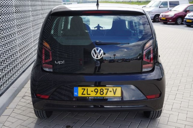 Volkswagen up! 1.0 move up! 44kW (ZL-987-V)
