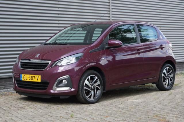 Private Lease nu als outlet aanbieding extra voordelig deze Peugeot 108 1.0evti allure (GL-387-V) van IKRIJ.nl vanaf €179 per maand