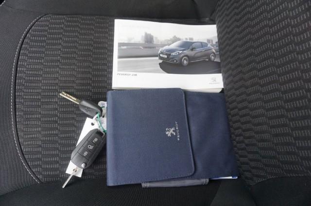 Peugeot 208 1.2 puretech blue lion 60kW (PB-080-Z)