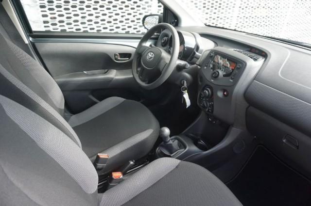 Toyota Aygo 1.0vvti x-fun 53kW AIRCO  (G-141-BJ)