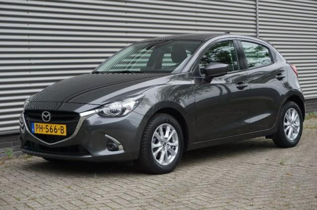 Private Lease nu als outlet aanbieding extra voordelig deze Mazda 2 1.5 skyactiv-g dynamic 66kW (PH-566-B) van IKRIJ.nl vanaf €249 per maand