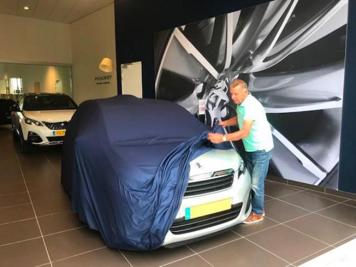 Tevreden private lease klant van IKRIJ.nl   Veel plezier met uw Peugeot 108!