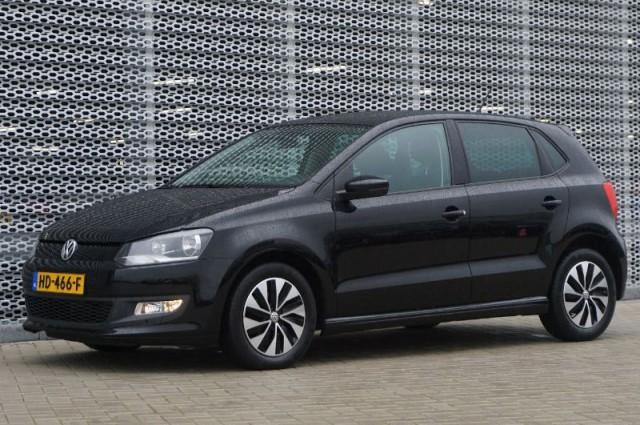 Private Lease nu als outlet aanbieding extra voordelig deze Volkswagen Polo 1.0tsi bluemotion edition 70kW (HD-466-F) van IKRIJ.nl vanaf €279 per maand