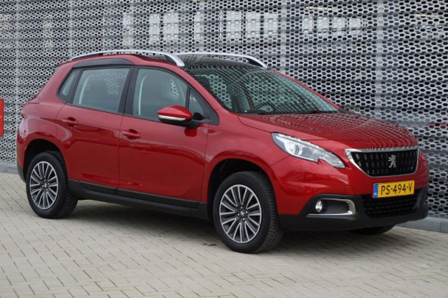 Peugeot 2008 1.2 puretech blue lion 110 PK (PS-494-V)