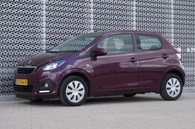 Private Lease nu als outlet aanbieding extra voordelig deze Peugeot 108 1.0evti active AIRCO+BLUETOOTH (GF-966-B) van IKRIJ.nl vanaf €179 per maand